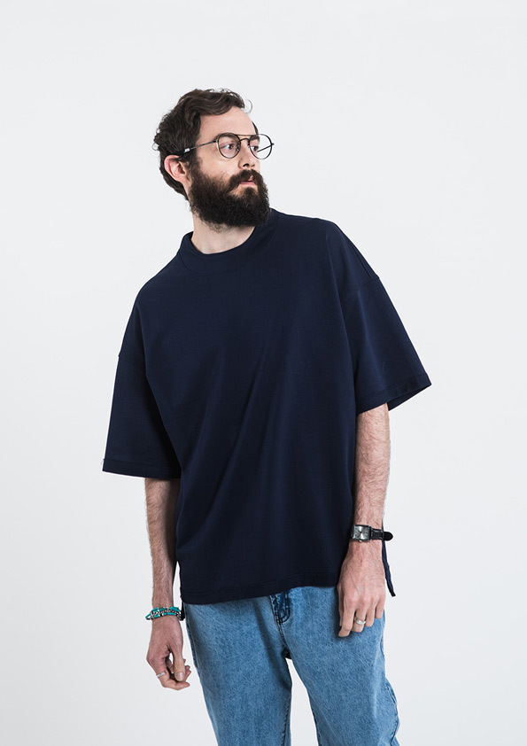 Beslow Exclusive High Neck Detail T-shirt
