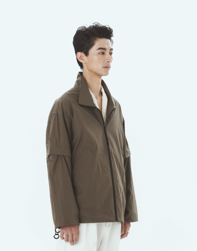 "High-Neck Zip-Up Jacket""Olive"""