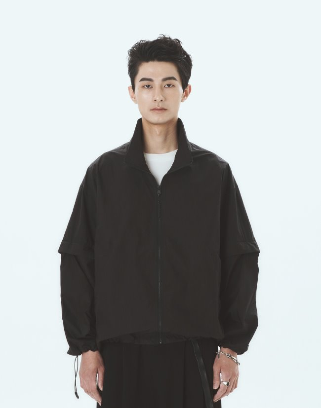 "High-Neck Zip-Up Jacket""Black"""